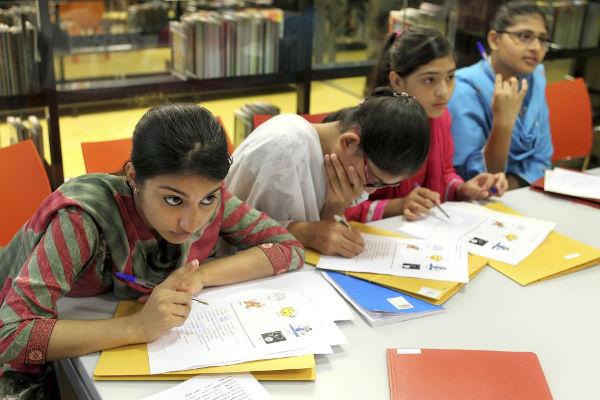 Grupo de estudiantes inmigrantes
