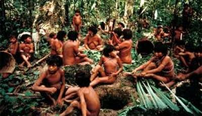 Imagen de un grupo indígena