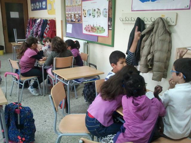 Grupos de niños de El Balconcillo