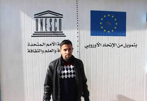 Imagen del docente refugiado sirio
