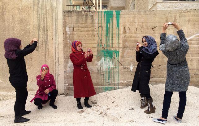 Imagen de las jóvenes cineastas