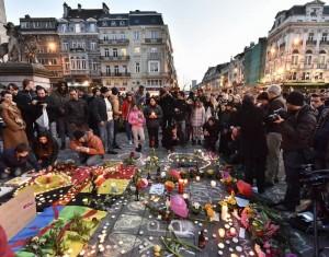 Imagen de flores y velas en Bruselas