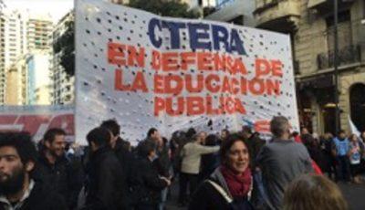 Imagen de un grupo de gente en la manifestación