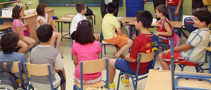 imagen de un grupo de niños en clase