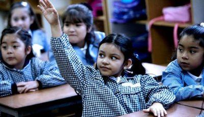 niñas en una clase