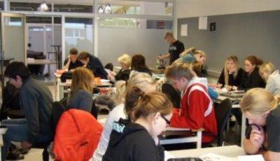 Imagen de una clase en Finlandia