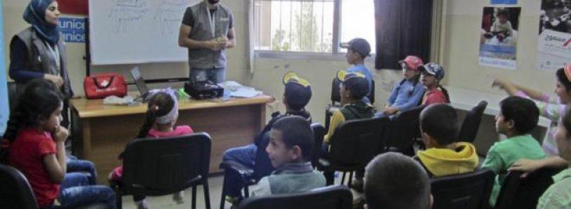 Imagen de una de las clases a refugiados