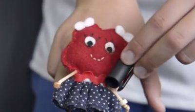 Imagen de uno de los muñecos protagonistas del vídeo ganador