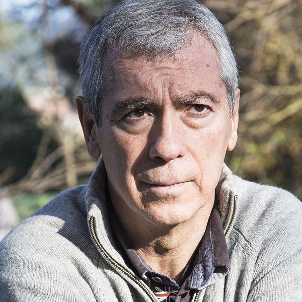 Imagen del escritor Miguel Pajares