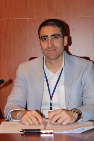 Imagen del profesor Andrés Escarbajal