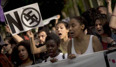 Imagen de una manifestación contra el racismo