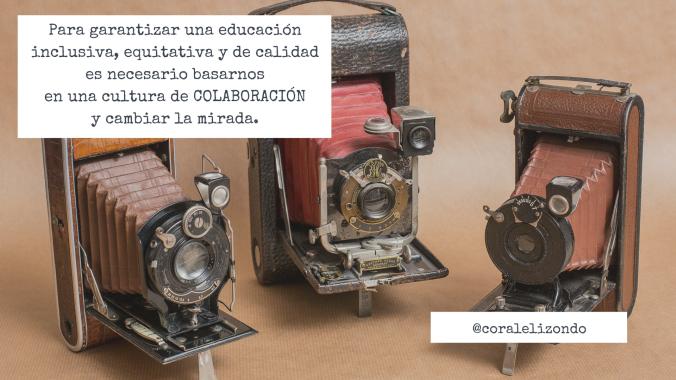 tres cámaras de fotos antiguas con un texto