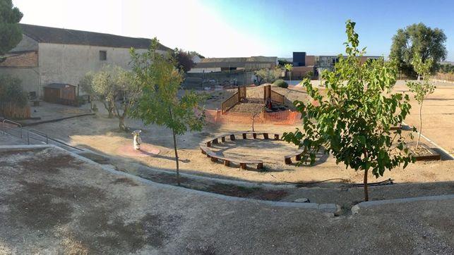 Patio del colegio Santos Samper en obras