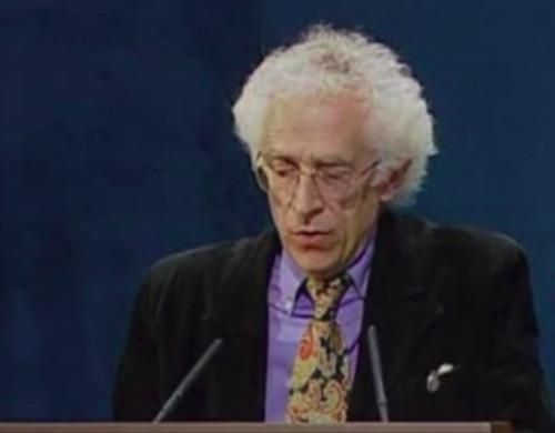 Imagen del discurso del fallecido filósofo