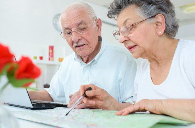 imagen de una pareja de ancianos