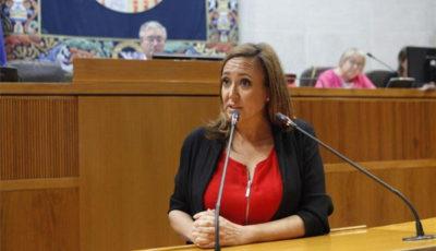 imagen de la Consejera de Educación de Aragón