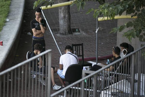 Grupo de menores no acompañados en Barcelona