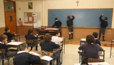 una clase de un colegio religioso