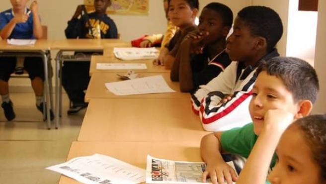 varios niños inmigrantes