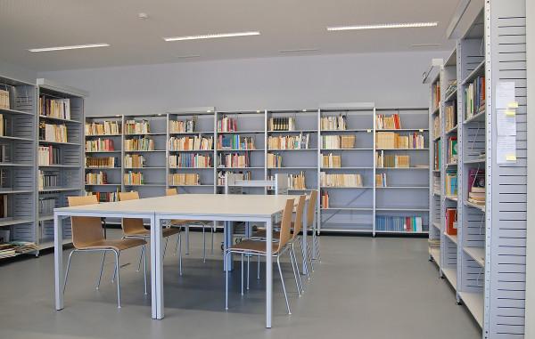 Biblioteca de una escuela portuguesa