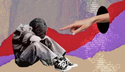 Imagen d un niño y una mano acusadora