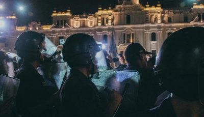 imagen de varios policías antidisturbios