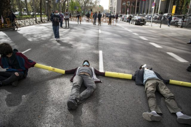 protesta en Madrid contra combustibles sólidos